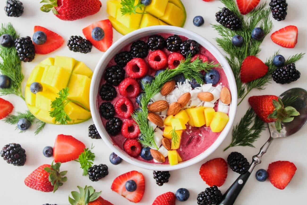 Superfoods, Obst, Beeren, Schale voller Früchte 2